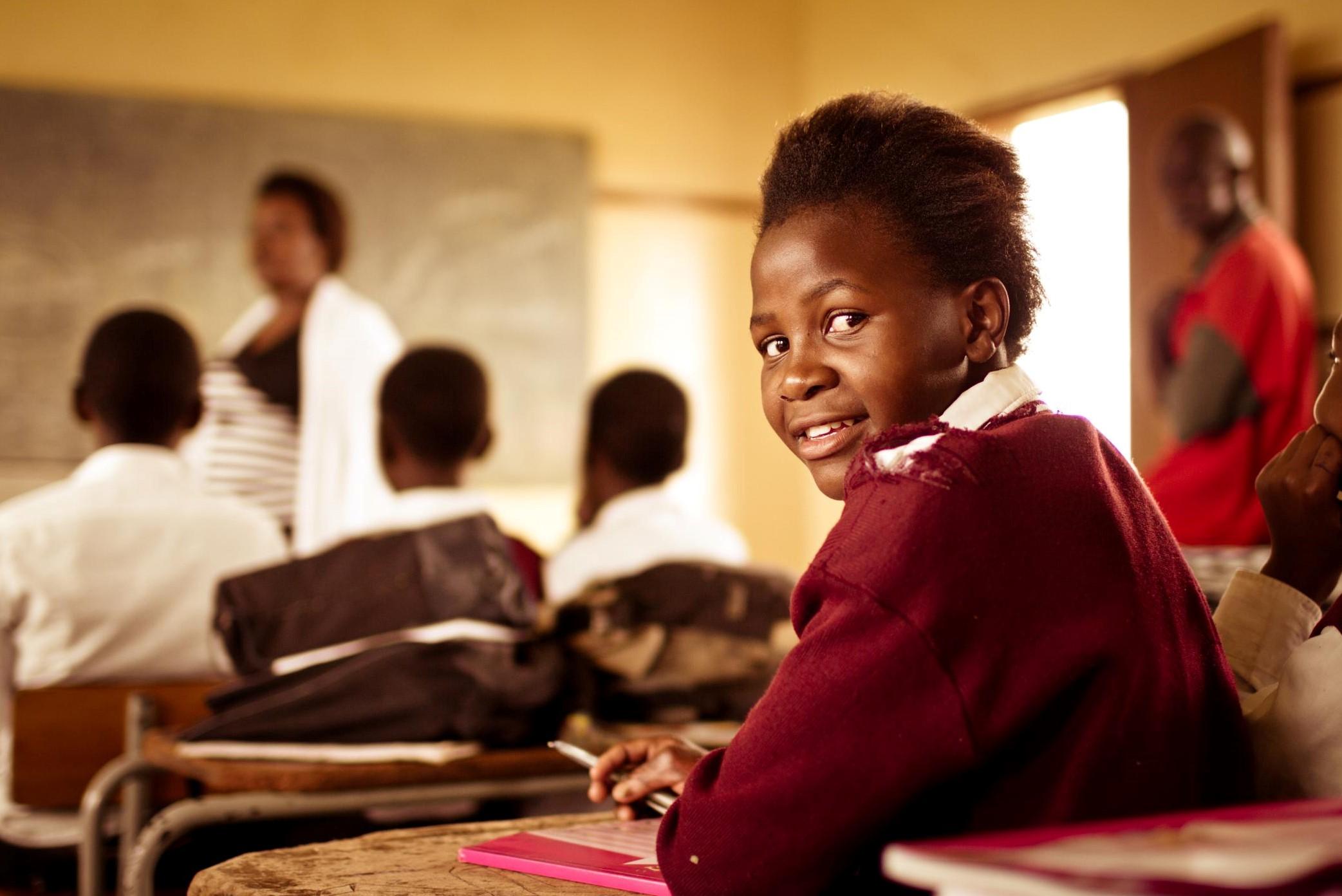 jeune africaine en classe